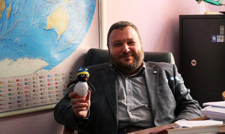 """""""На прикладі антарктичної станції продемонструвати, що стане з Україною, якщо припинять красти"""""""
