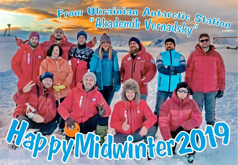 Who will throw the whale vertebra farthest, catch the largest fish and swim in the icy water? Polar explorers celebrate Midwinter