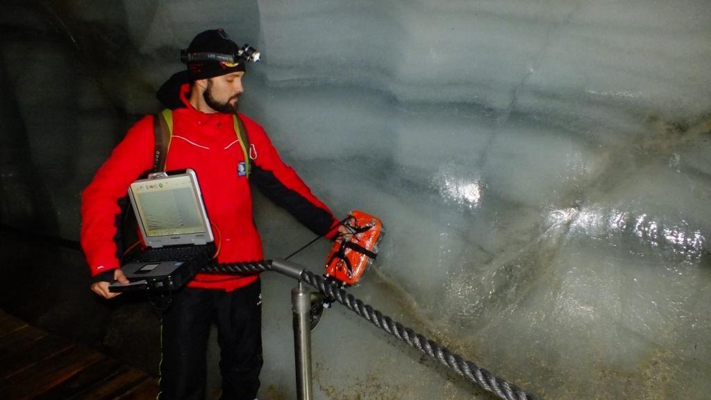 Наукове обладнання для Антарктики тестують в Альпах