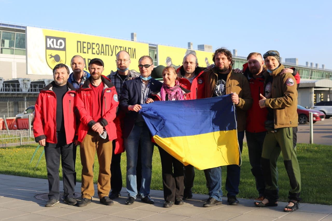 Рік роботи в Антарктиді позаду: полярники 25-ої УАЕ нарешті в Україні!