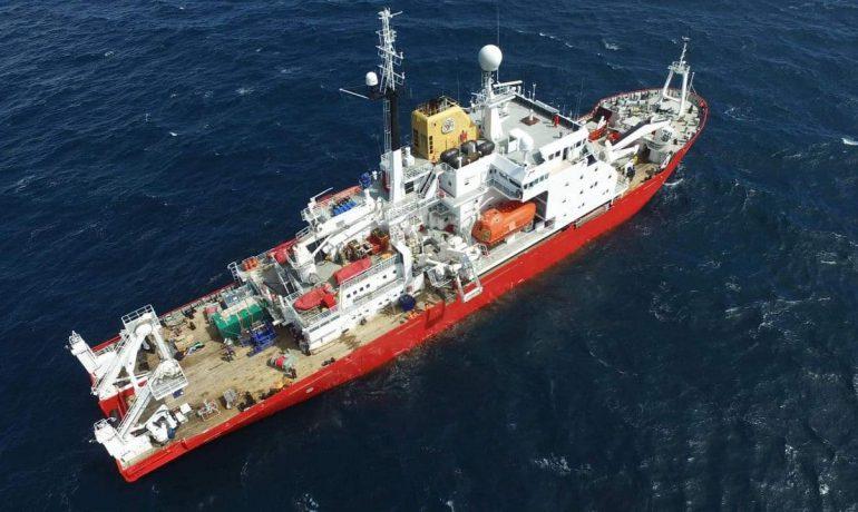 Відродження українського наукового флоту: виділено кошти на криголам для антарктичних експедицій та досліджень Світового океану